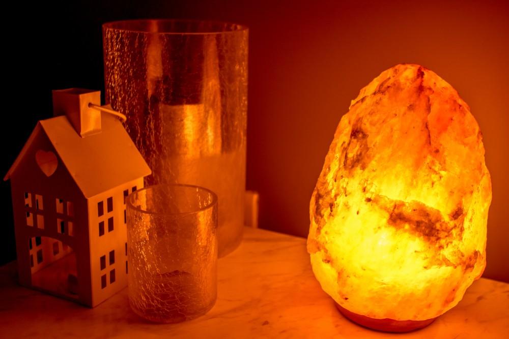 Natural salt Lamps