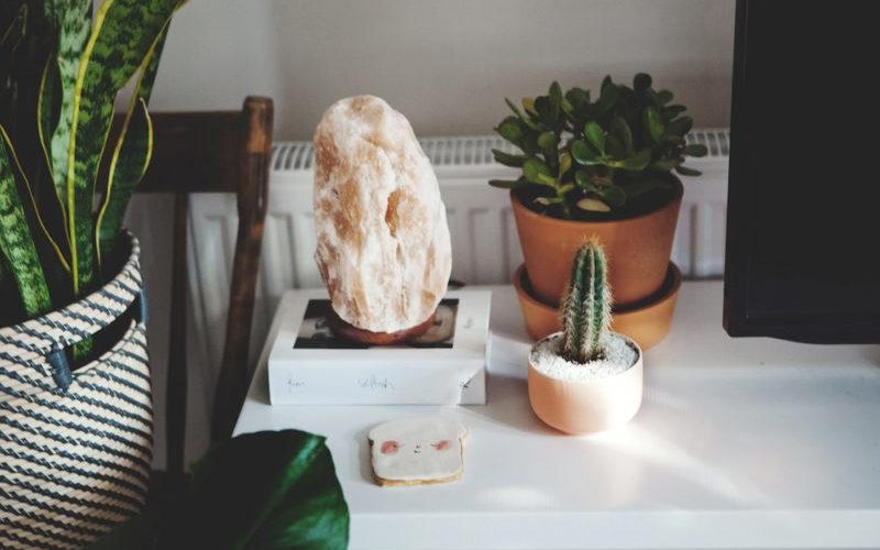 Himalayan Natural Salt Lamps For Home Décor